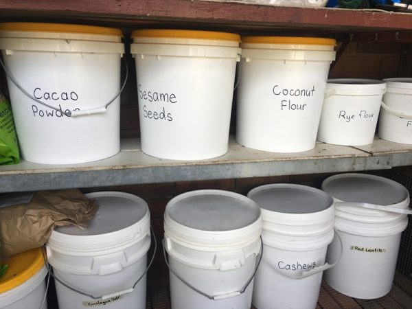 Bulk food storage buckets
